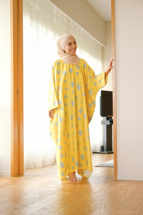 CAREFREE CAFTAN IN SUNFLOWER YELLOW
