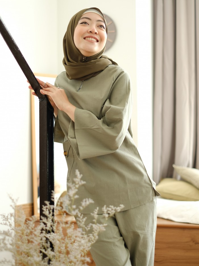 MEELA SET IN ARMY GREEN