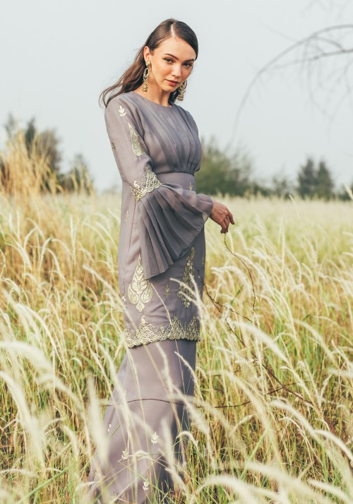PALLAVI IN DUSTY GREY