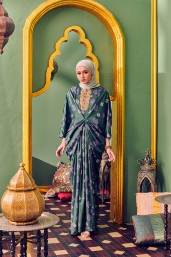 PRIYADAR CAFTAN IN FOREST GREEN