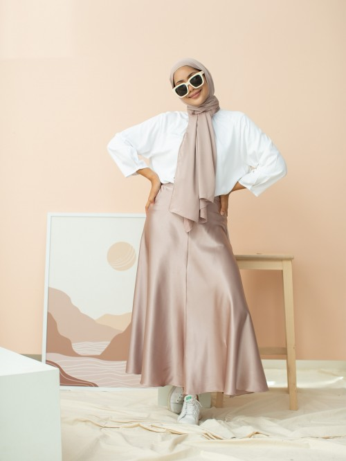 SAY-TEEN SKIRT IN CHAMPAGNE BLANC